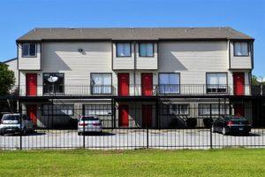 apartment-complex-2821981_640
